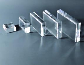 Blok acrylowy z fazowaną krawędzią polerowany diamentowo – 20 mm BF20