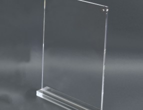 Acrylic T stand with magnets P22